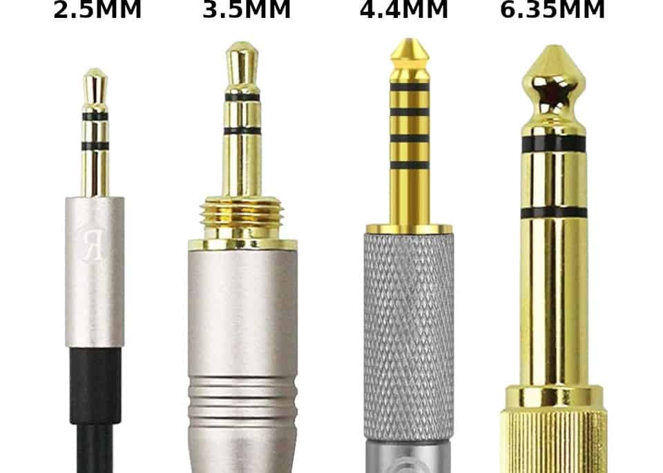 four most common sizes of analog headphone plugs